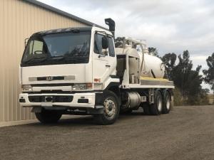 AV-Drilling-Vacuum-Truck